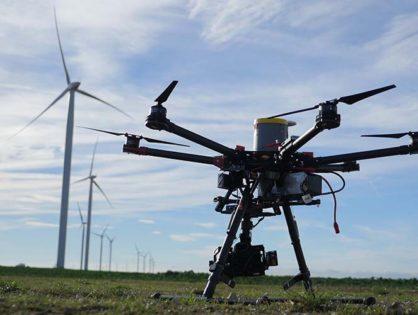 Séquences aériennes pour un film technique sur les pales d'éoliennes