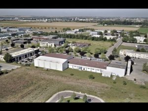 drone-developpement-troyes-aube_film-unibeo-piscines-usine-1b